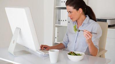 O sedentarismo - A vida sedentária faz engordar.