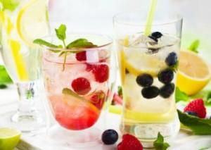 Receitas de águas detox para perder peso