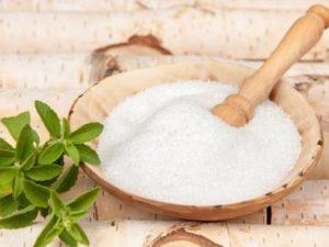 O xilitol, um substituto do açúcar com menos calorias